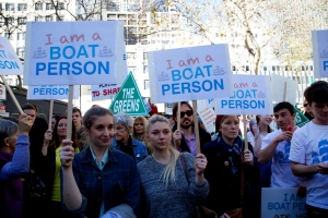 Thousands join a pro-asylum rally in Melbourne, Australia (courtesy of Ali Martin - used under Creative Commons Licence, Flickr)