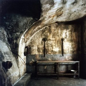 The torture chamber (picture courtesy of Rajmund Fekete, House of Terror museum)