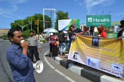 The town of Bireunen, Indonesia, filled wth protestors and campaigners as RATA spread the message of no more impunity.